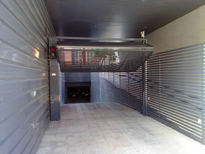 Cómo calcular el peso de tu puerta de garaje
